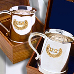 USA & CSA Civil War Mugs in Wood Display Box